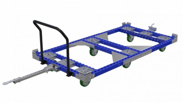 Industrial pallet cart with tow bars