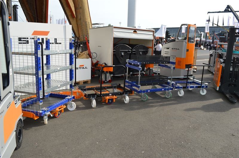 FlexQube carts with LiftRunner system