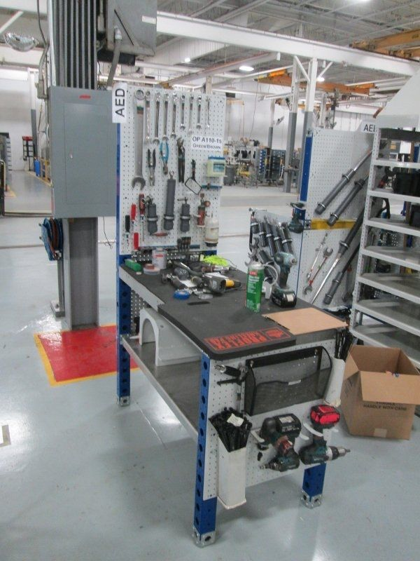 FlexQube tool rack at AGCO
