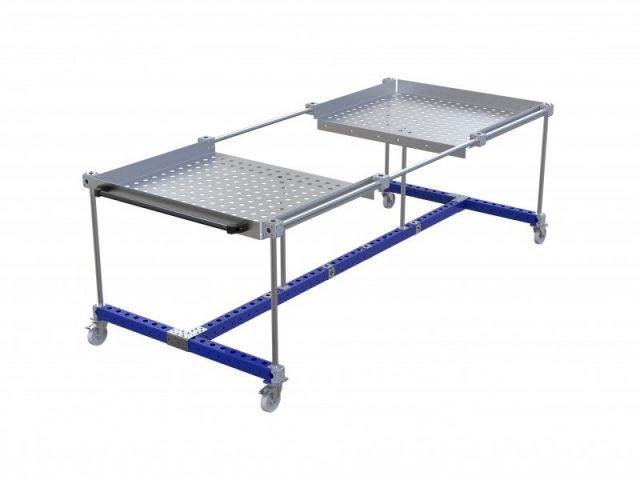 A long tray cart for FlexQube