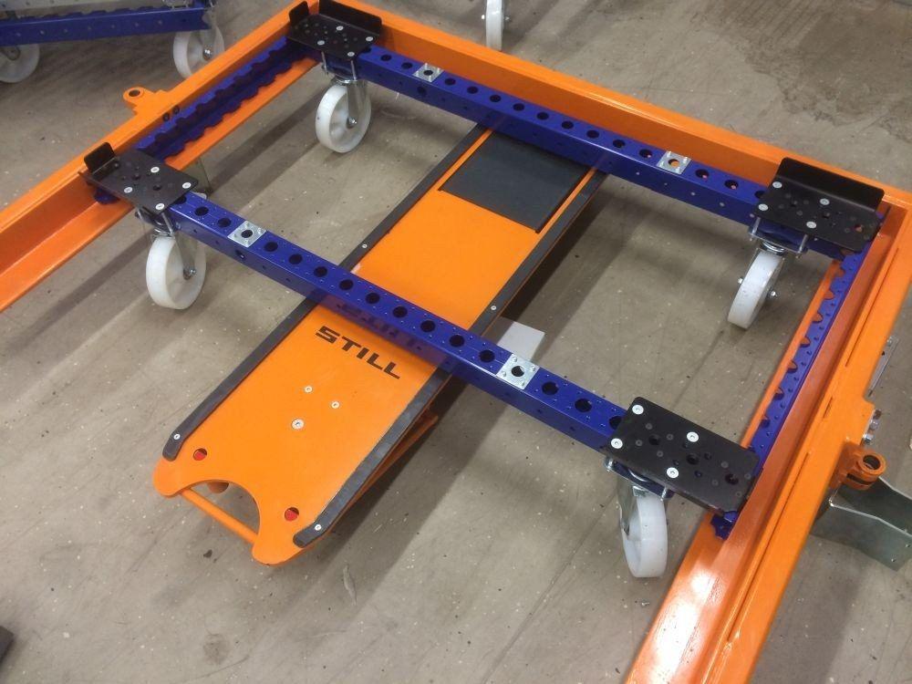 FlexQube pallet cart in a liftrunner frame