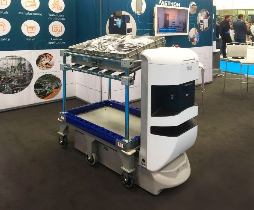 FlexQube shelf cart integrated with AGV