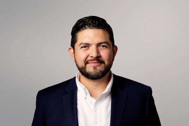FlexQube Mexico Sales Hector Flores