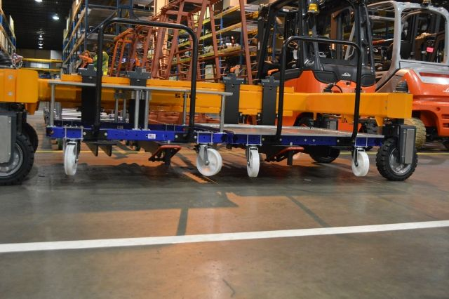 FlexQube pallet carts in a Liftrunner C frame