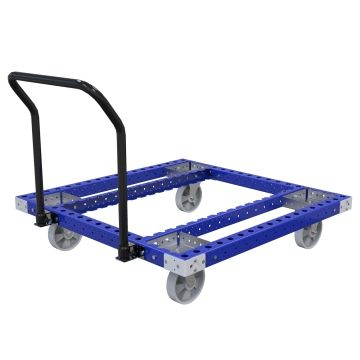 Standard pallet cart designed to transport pallets and containers.
