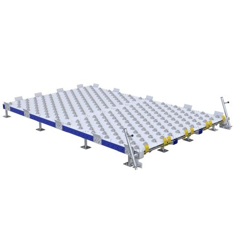 Pallet conveyor station designed to be used in combination with a conveyor cart.