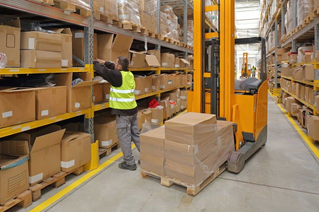 Improve Order Picking In Your Warehouse