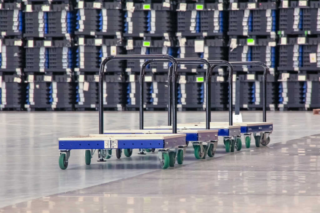 FlexQube pallet carts in a customer factory
