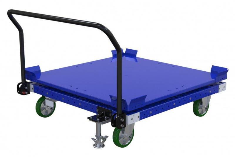 FlexQube rotating cart with handlebar